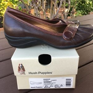 EUC Hush Puppies Flats